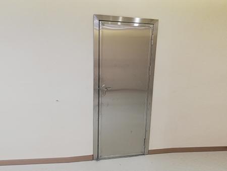 铅防护平开门安装