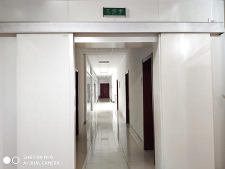 铅防护双开门安装